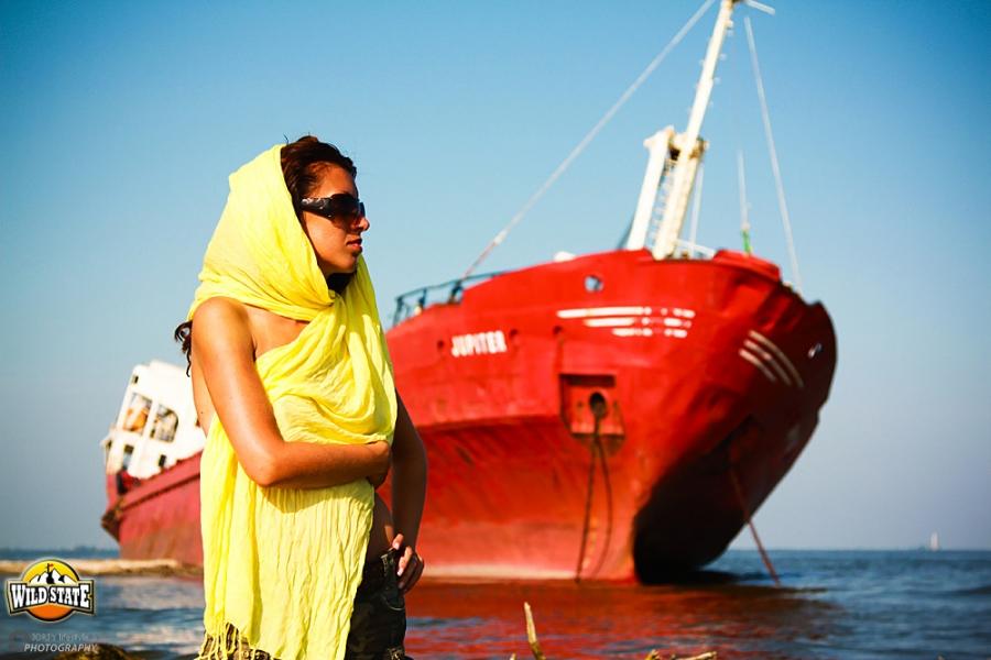 Tur de forta in Delta Dunarii: Epava de pe plaja